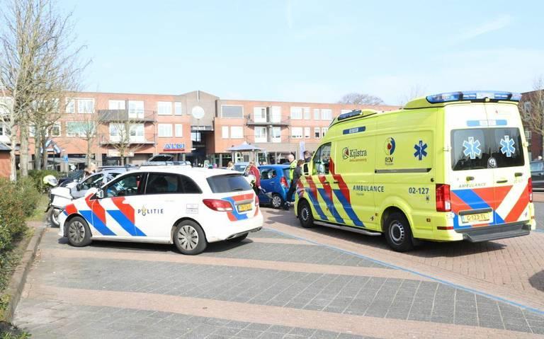 Aanrijding op parkeerplaats in Gorredijk, vermoedelijk door onwelwording.