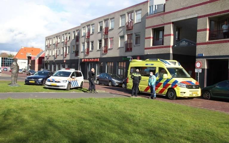 Fietser gewond bij botsing met pizzabezorger in Heerenveen.