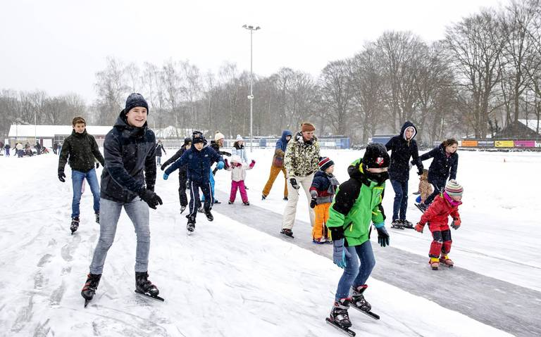Friese ziekenhuizen noteren vele tientallen schaatsongevallen.