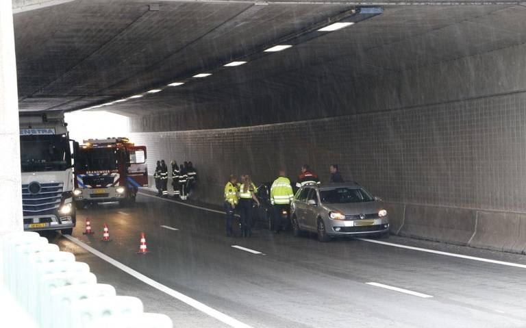 File door ongeluk onder viaduct op A32 tussen Akkrum en Grou opgelost.