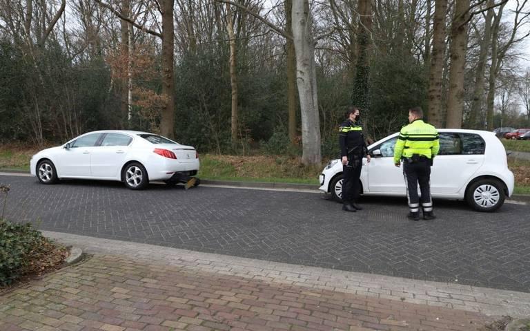 Gewonde bij botsing tussen twee autos in Oosterwolde.