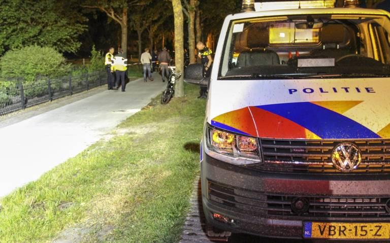 Snorfietser raakt ernstig gewond bij eenzijdig ongeval in Ureterp.