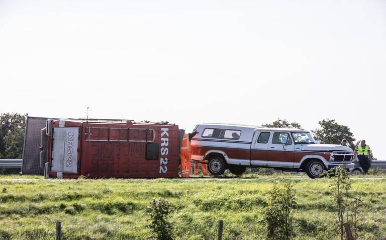 File op A7 bij Marum, in de richting van Drachten, na eenzijdig ongeval.