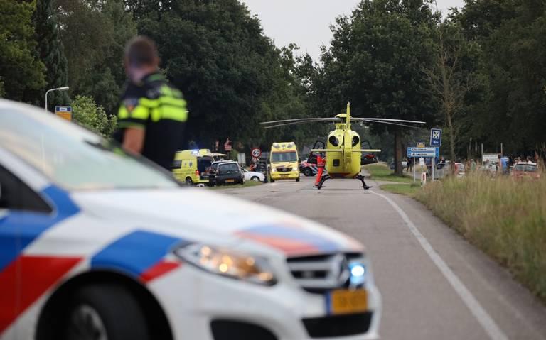 Gewonde bij botsing tussen auto en scooter in De Blesse.