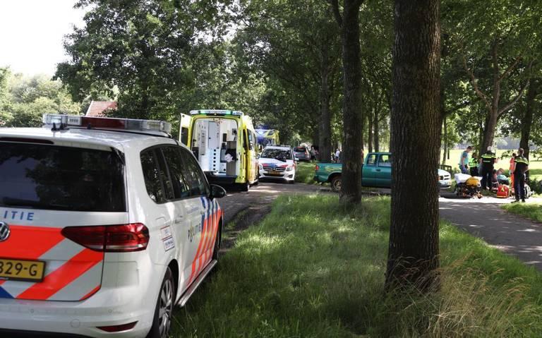 Brommerrijder ernstig gewond na aanrijding met auto in Boijl.