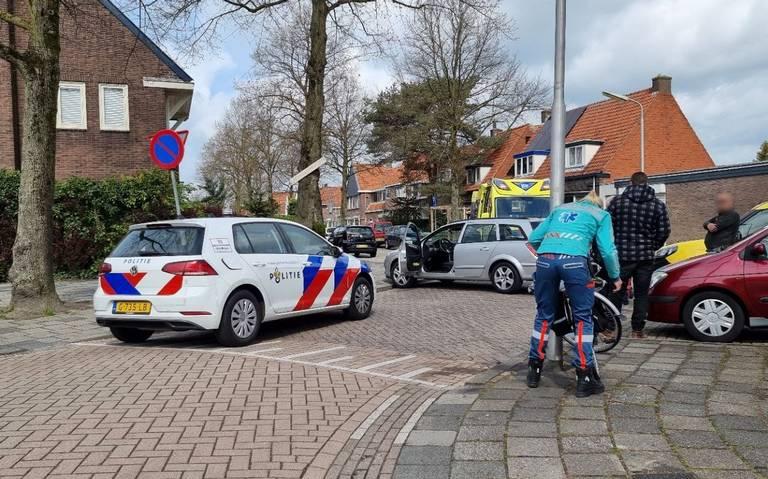 Fietser gewond bij aanrijding met auto in Leeuwarden.