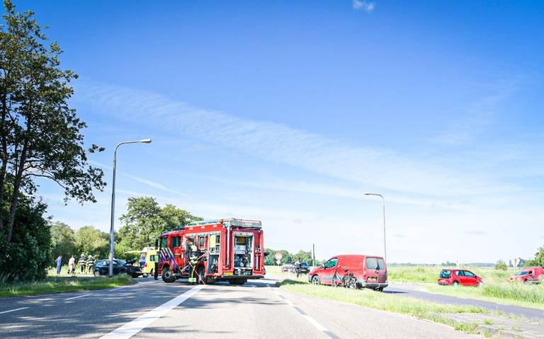Twee gewonden bij botsing op kruising N351 bij Spanga.