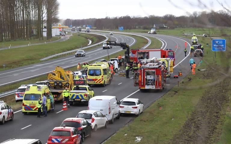 Spookrijder overleden aan verwondingen na ongeval op A7 bij Nuis.