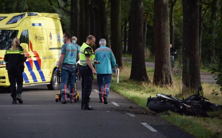 Motorrijder gewond bij eenzijdig ongeval bij Surhuisterveen.
