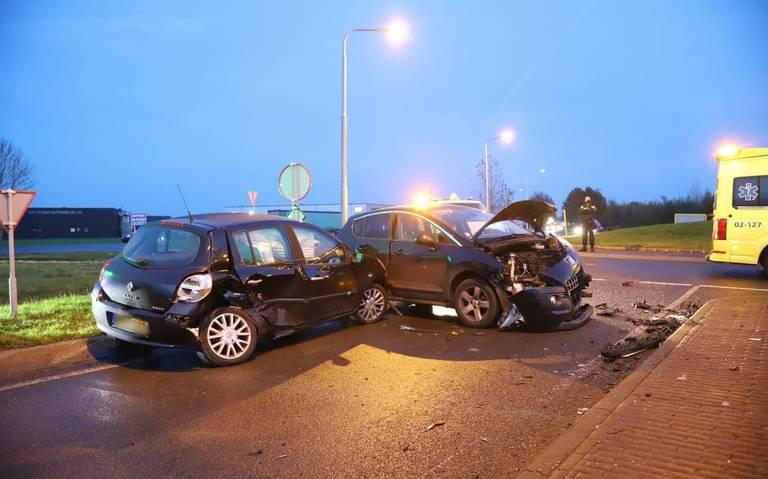 Meerdere gewonden bij ongeval in Terwispel.