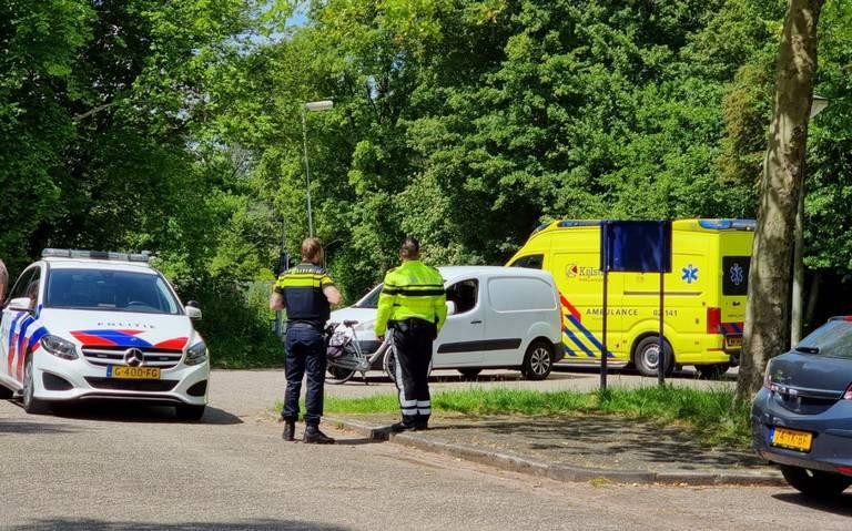 Fietsster gewond geraakt bij botsing met busje bij Groene Ster.