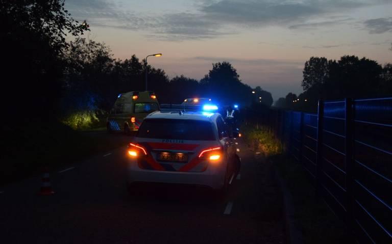 Man om het leven gekomen bij botsing tussen twee auto's in Almkerk.