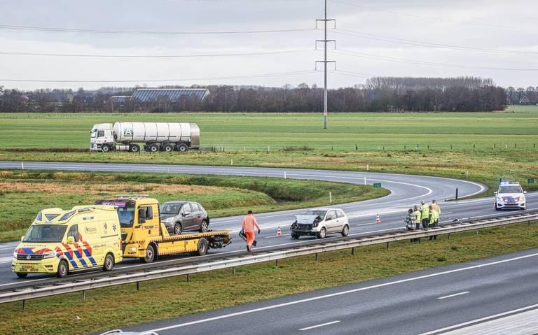 Flinke schade bij botsing op A7 bij Tjalleberd.